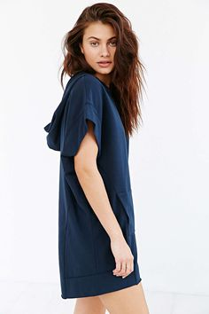 Silence + Noise Liz Hooded Tee Dress - Urban Outfitters