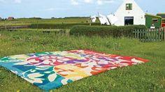Colorful-Carpet-Ideas-for-Springy-Interior-Decoration_05