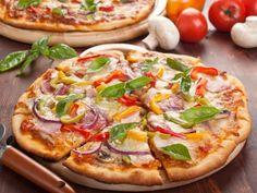 Pizza allégée (sans beurre ni huile) : Recette de Pizza allégée (sans beurre ni huile) - Marmiton