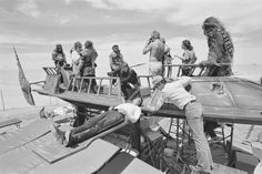 Harrison Ford, Mark Hamill, Richard Marquand and Peter Mayhew   Rare, weird & awesome celebrity photos