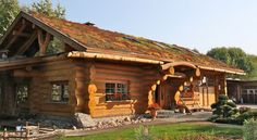 Ihr Holzhaus, Blockhaus oder Naturstammhaus - Mehrer Blockhaus Tiny House Cabin, Log Cabin Homes, Cabins In The Woods, House In The Woods, Gite Rural, Timber Logs, Log Cabin Designs, Cottage Style Homes, Condo Decorating