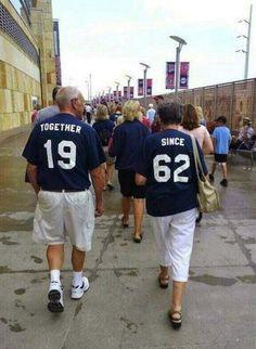 Abuelitos que nos demuestran que el verdadero amor no tiene fecha de caducidad  #parejas #couples #ancianos #elderly #amor #love