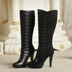 Botas largas color negro