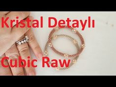 How to make Cubic Raw bracelet with crystal detail? Jewelry Making Tutorials, Beading Tutorials, Beading Patterns, Beaded Jewelry, Beaded Bracelets, Diy Jewelry Inspiration, Bracelet Tutorial, Bead Weaving, Creations