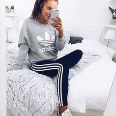 Adidas again! Yes??? Credit @karolinlisa #dresses__up