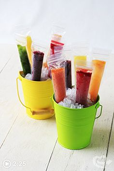 Zipzicle Ice Pop Molds are easy to use and allow you to create your own homemade ice pops. The molds allow you to create fresh fruit ice pops that are free from any harmful dyes or ingredients. Homemade Yogurt, Homemade Ice, Tasty, Yummy Food, Fun Food, Sorbets, Ice Pops, Summer Treats, Frozen Treats