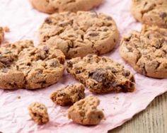 Cookies sans matières grasses aux pépites de chocolat : http://www.fourchette-et-bikini.fr/recettes/recettes-minceur/cookies-sans-matieres-grasses-aux-pepites-de-chocolat.html