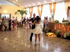 "Newlyweds doing the final dance from ""Dirty Dancing"". Love this! I don't know if I would ever do this, but I like the idea!"