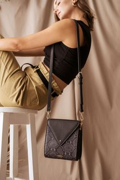 The perfect size for any occasion.   Free shipping in Namibia and South Africa Designer Leather Handbags, Leather Design, International Brands, Slow Fashion, Online Purchase, Other Accessories, South Africa, Leather Wallet, Fashion Forward