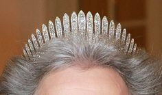 a very good close up of the fringe tiara