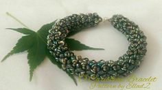 O-Caribbean Bracelet beaded by Natalie Chávez. Beautiful in green... Thank you for the photo!