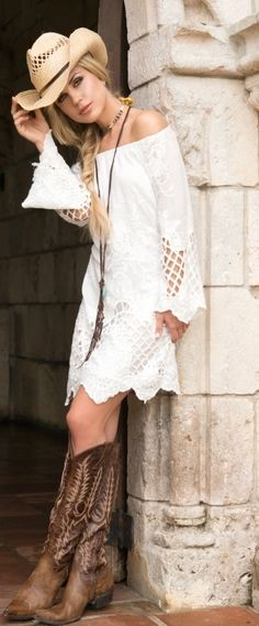 All that's missing is a Trenditions bag! | Buy this beauty now http://www.ebay.com/itm/14-Union-Of-Angels-White-Cynthia-Cotton-Lace-Cowgirl-Dress-Gorgeous-Sexy/301590431816