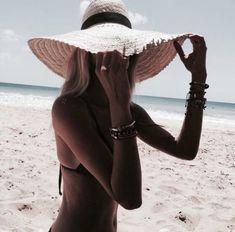 x Endless summer Summer fashion Summer vibes Summer pictures Summer photos Summer outfits March 19 2020 at Beach Pink, Beach Bum, Summer Beach, Spring Summer, Hello Summer, Summer Pictures, Beach Pictures, Summer Feeling, Summer Vibes