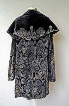 Jacket with silver stencilling on velvet, Maria Gallenga, 1920's-1930's.