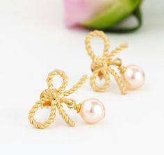 Wedding Earrings - Blush Gold Earrings - Gold Bow Earrings - Pearl Earrings - Bridal Earrings - Bridesmaids Gifts - Gift For Woman