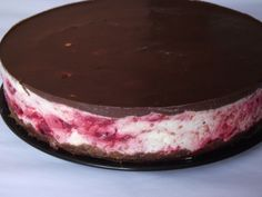 Cheesecake rece cu ciocolata si zmeura - CAIETUL CU RETETE Mini Cheesecakes, Deserts, Food And Drink, Sweets, Candy, Recipes, Wedding, Valentines Day Weddings, Gummi Candy