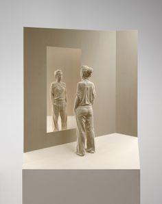 peter-demetz-mirrored-1388399887_org.jpg 1,307×1,654픽셀