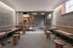 Café Oriente By Labotory: Seoul's Semi-Underground Coffee Shop Ikea Hacks, Korean Coffee Shop, Seoul Cafe, Cafeteria Design, Architecture Design, Cafe Seating, Underground Homes, Design Studio, Hospitality Design