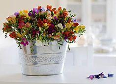 Passo-a-passo: Faça um arranjo com espuma floral - Casa e Decoração - UOL Mulher