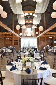 Simple table setting - with either burlap or navy instead of the gray table runner