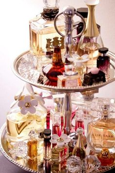 I have about 14 bottles of perfume and about 5 empty that I can't bear to part with. I will be going to the #fleamarket and #thriftstore this weekend. Create a perfume display with an old cake stand, plate holder or cupcake display