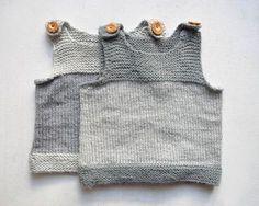 ein body, eine strumpfhose, ein seelenwärmer — fertig ist die babybasisgarderobe. letzterer ist dabei so unbedingt selbstgemacht wie u...