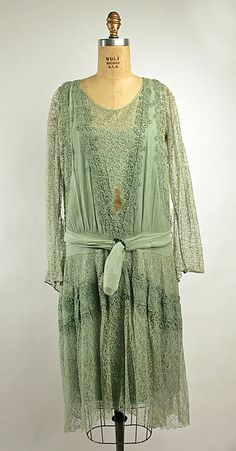 Dress (image 1) | French | 1926 | silk | Metropolitan Museum of Art | Accession Number: C.I.64.46.8a–c