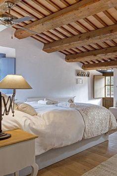 lakásberendezés, ötletek, képek Beach House, Simple Bedroom, Country Bedroom, Bedroom, French Country Bedrooms, Weekend House, House, Home Decor, Furniture