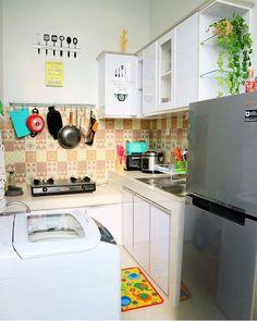Love this . by @hannibii . #shabbychichome #shabby #shabbyhomes #interior #rumahidaman #homeinterior #ruangtamu #vintage #dapur #dapurshabby #homeideas #homesweethome #homeinspiration #scandinavianhome #scandihome #kitchen #kitchendesign #instapic #dekorasyon #dekor #homedecoration #interiordesign #babyroom #kidsroom #livingroom #colorfulhome #vintagehome #colorfulinterior #springdecor