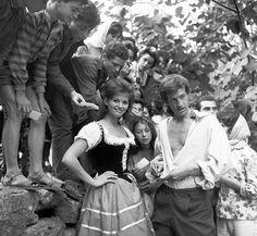 Claudia Cardinale & Jean Paul Belmondo