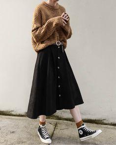 40 Beautiful camel outfits to make you feel smartly dressed GALA Fashion Cute Fashion, Modest Fashion, Look Fashion, Skirt Fashion, Hijab Fashion, Korean Fashion, Fashion Outfits, Womens Fashion, Fashion Design