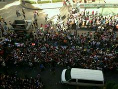 Fans outside hotel Mexico #4 This is crazy!