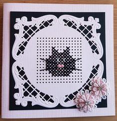 Cross Stitch Beginner, Small Cross Stitch, Cross Stitch Cards, Stitching On Paper, Cross Stitching, Embroidery Cards, Paper Smooches, Marianne Design, Card Patterns