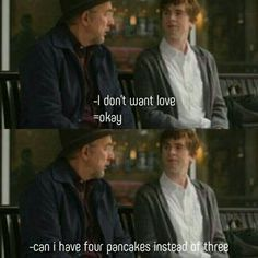 If 4 pancakes isn't love them idk what is! Tv Series 2017, Drama Tv Series, Web Series, Dr Shows, Doctor Shows, Good Doctor Series, House Md Quotes, Antonia Thomas, Shaun Murphy
