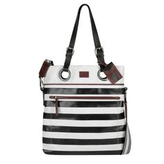 http://www.piquadro.com/_/cap-le-a-marraspiquadro-pe2014/shopping-bag-sottile-in-pelle-e-tessuto.html