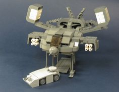 New Zealand-based Lego builder Grantmasters recently completed this microscale build of the Cheyenne, the marine dropship from Aliens. With minimal bricks, he was able to create a very detailed diorama that includes the power plant.