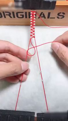 Amazing DIY Ideas knots knots and uses knots. - Amazing DIY Ideas knots knots and uses knots Estás en - Rope Crafts, Diy Crafts Hacks, Diy Crafts For Gifts, Diy Home Crafts, Diy Projects, Diy Friendship Bracelets Patterns, Diy Bracelets Easy, Bracelet Crafts, Beaded Bracelets