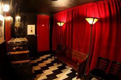 gainsbourg lounge in Seattle 7 twin peaks inspired restaurants Twin Peaks Costume, Twin Peaks Theme, David Lynch Twin Peaks, Red Rooms, Red Aesthetic, Outdoor Spaces, Interior, Inspiration, Seattle