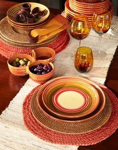 Fall fresh: Natural table linens with hand-painted plates from Europe