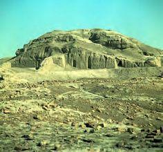 12. White Temple and its ziggurat. Uruk (modern Warka, Iraq). Sumerian. c. 3500–3000 B.C.E. Mud brick.