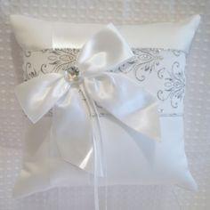 Silver-Glitter-White-Damask-Wedding-Flower-Girl-Basket-OR-Ring-Bearer-Pillow