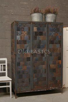 Stoere oude lockerkast ; industrieel brocante_ vintage: te koop bij ...