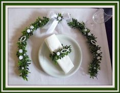 Decoration – place of honor tendril. – a designer piece … – Invitation 2020 Baptism Table Decorations, Decoration Table, Decoration Communion, Free Happy Birthday Cards, Ostern Party, Fishing Wedding, Wooden Fish, Guest Gifts, Napkin Rings