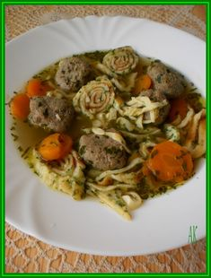 Celestynske nudle Spaghetti, Ethnic Recipes, Food, Basket, Czech Recipes, Essen, Meals, Yemek, Noodle