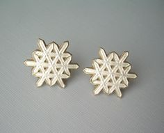 Your place to buy and sell all things handmade Enamel Jewelry, Jewellery, White Enamel, Beautiful Patterns, Vintage Earrings, Snowflakes, Stud Earrings, Beads, Oslo