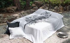 sabana nicoleta bonsai Bonsai, Bed, Furniture, Home Decor, Products, Bedspreads, Homemade Home Decor, Stream Bed, Bonsai Trees