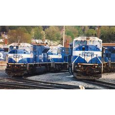 """After Conrail was split between NS and CSX in 1999 (CSA) the two railroads each got 15 of the monster EMD SD80MACs. Here they are just after the split in Pennsylvania. These locomotives are patched for the Norfolk Southern- With their marker lights removed they will soon be painted into the NS horsehead black paint sheme at Juniata... This famous """"Big Blue"""" scheme seen across the east would soon become a piece of history.... Credits go to the photographer.  #trb_express #train_nerds…"""