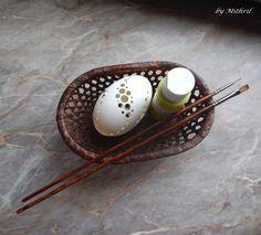 Fler BLOG   Mithril-art / Jak se rodí kraslice Viria, Egg Decorating, Easter Eggs, Carving, Create, Food, Wood, Scrappy Quilts, Craft