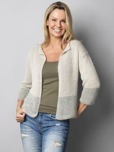 Familie Journal - strikkeopskrifter til hende Crochet Cardigan, Knit Crochet, Free Knitting, Knitting Patterns, Free Pattern, Casual Outfits, Vest, Sewing, Sweaters