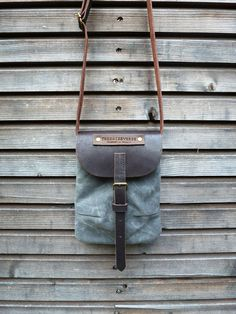 Waxed canvas day bag/small messenger bag with by treesizeverse, $79.00